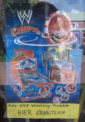 WWE Plakat im Spielhandel