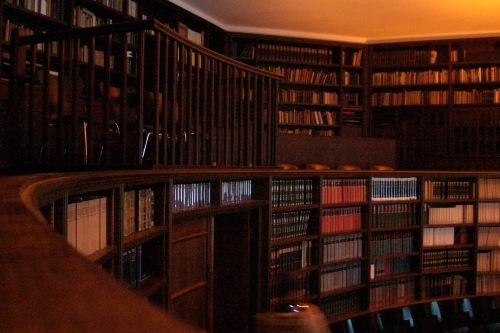 Lesesaal im Warburg-Haus ohne Blitz von Kixka fotografiert